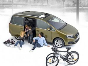 2011-Seat-Alhambra-beautiful-body-588x441