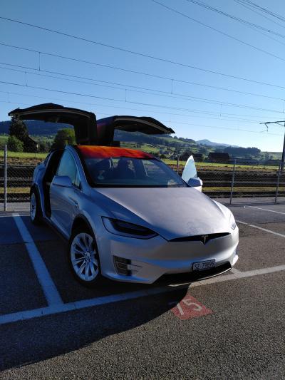 Tesla X 75D