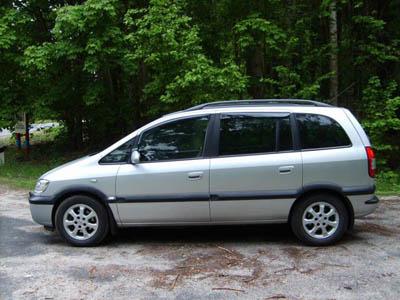 Opel Zafira A22